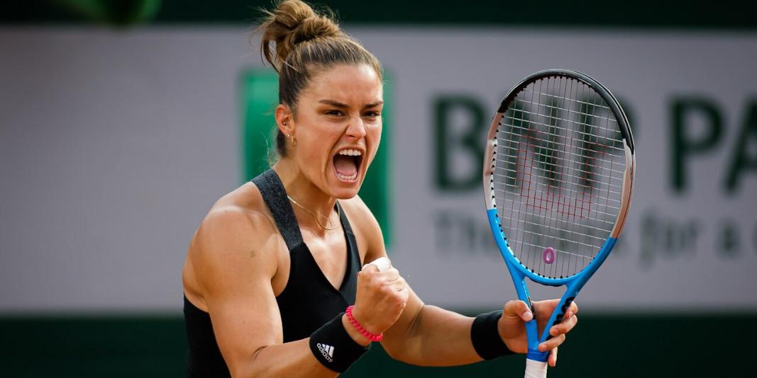 Maria Sakkari tennis equipment - Gear